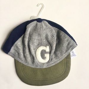 NWT Gap baby boy very soft hat